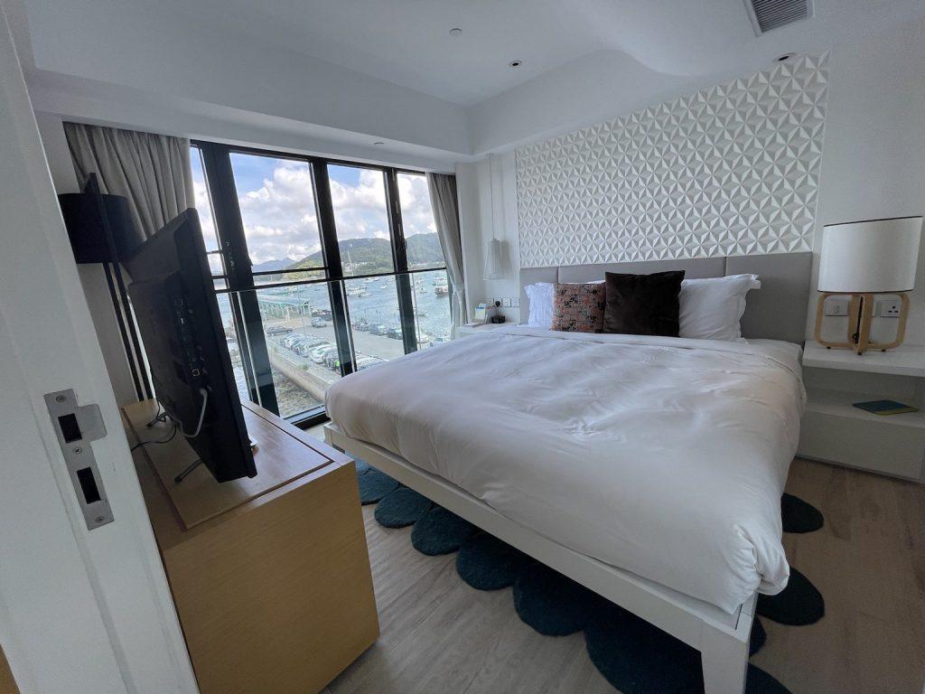 The Pier Hotel's bedroom